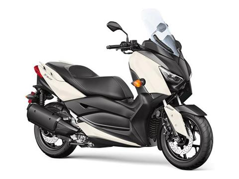 2018 Yamaha XMAX in Danbury, Connecticut