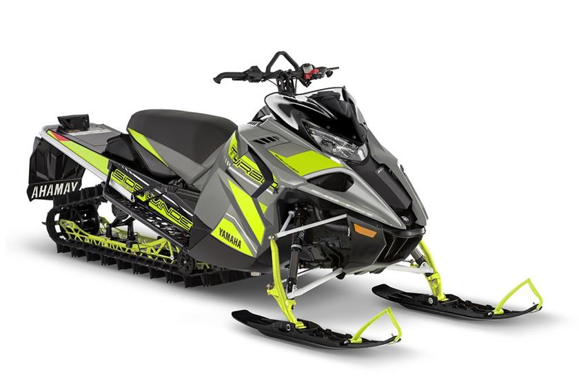 2018 Yamaha Sidewinder M-TX SE 153 in Lowell, North Carolina