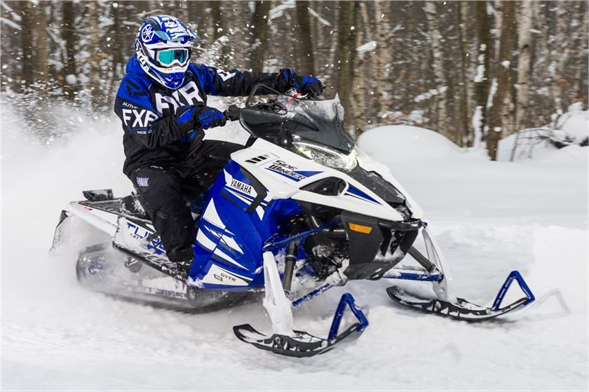 2018 Yamaha Sidewinder X-TX SE 141 in Dallas, Texas