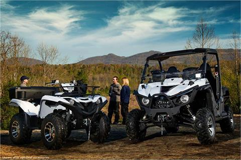 2018 Yamaha Wolverine R-Spec EPS in Northampton, Massachusetts