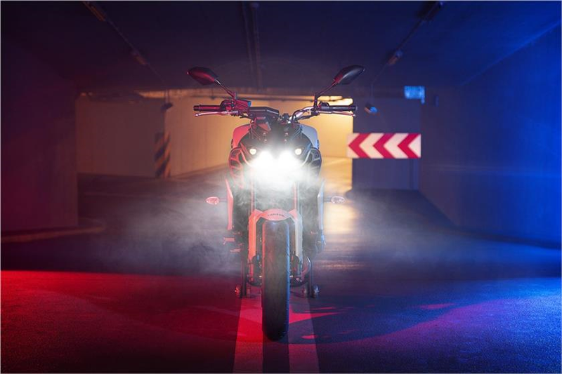 2019 Yamaha MT-09 in Lumberton, North Carolina