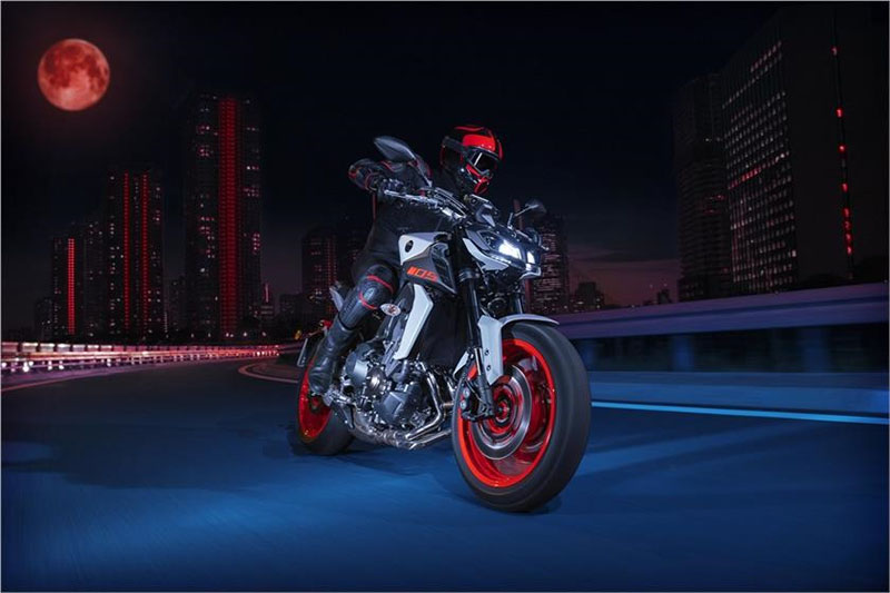 2019 Yamaha MT-09 in Panama City, Florida - Photo 10