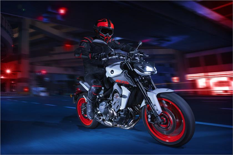 2019 Yamaha MT-09 in Tamworth, New Hampshire