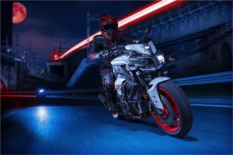 2019 Yamaha MT-10 in Coloma, Michigan