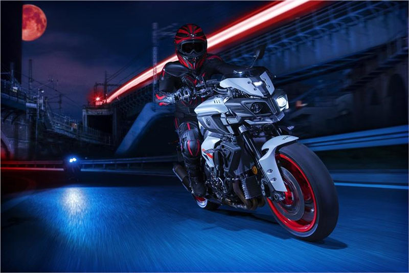 2019 Yamaha MT-10 in Tulsa, Oklahoma - Photo 9
