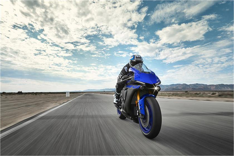 2019 Yamaha YZF-R1 in Santa Clara, California - Photo 10