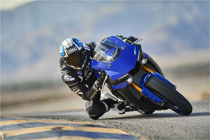 2019 Yamaha YZF-R1 in Danbury, Connecticut - Photo 9