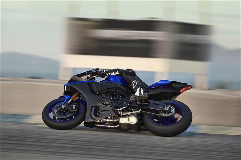 2019 Yamaha YZF-R1 in Irvine, California - Photo 11