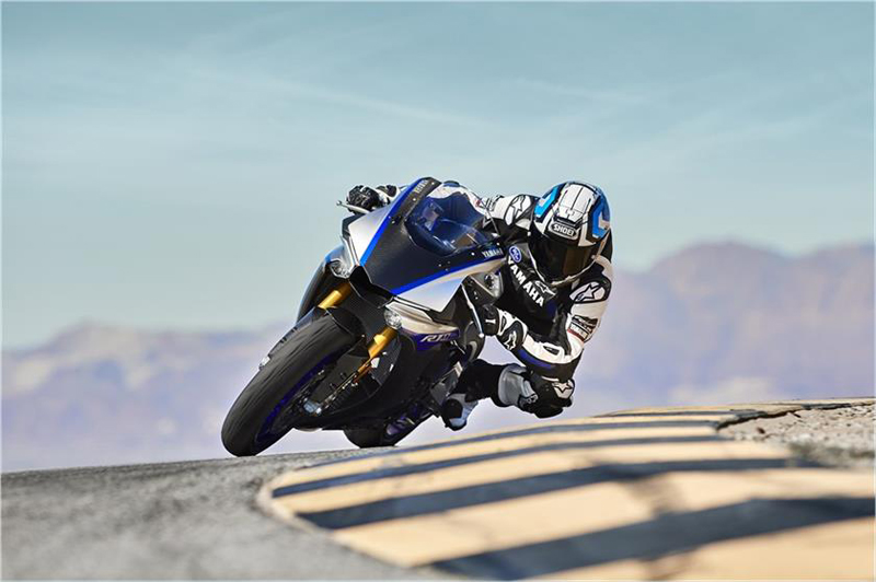 2019 Yamaha YZF-R1M in Santa Clara, California - Photo 5