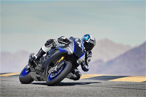 2019 Yamaha YZF-R1M in Belle Plaine, Minnesota
