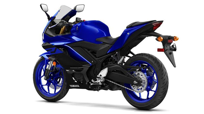 2019 Yamaha YZF-R3 in Fond Du Lac, Wisconsin - Photo 3