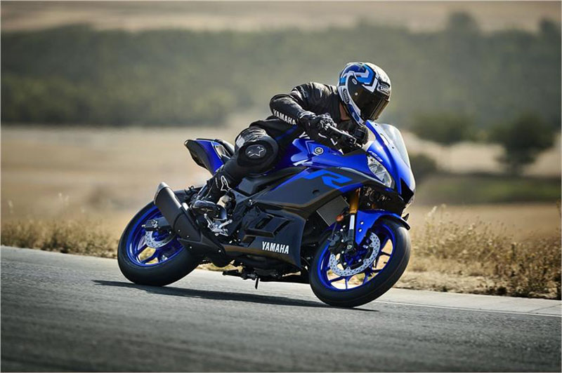 2019 Yamaha YZF-R3 ABS in Danbury, Connecticut - Photo 5