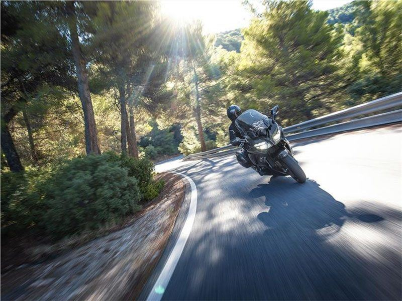 2019 Yamaha FJR1300A in Santa Clara, California - Photo 10