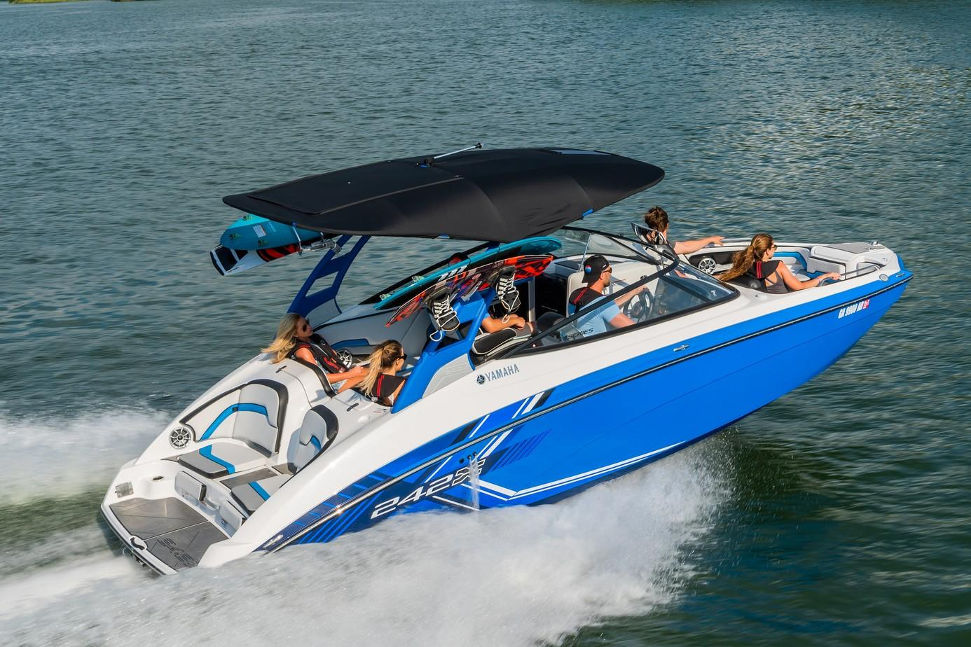 2019 Yamaha 242X E-Series in Metuchen, New Jersey