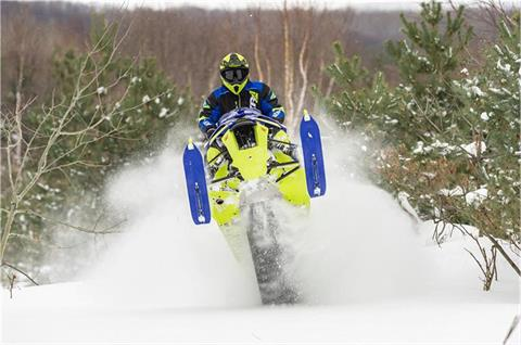 2019 Yamaha Sidewinder B-TX LE 153 in Spencerport, New York