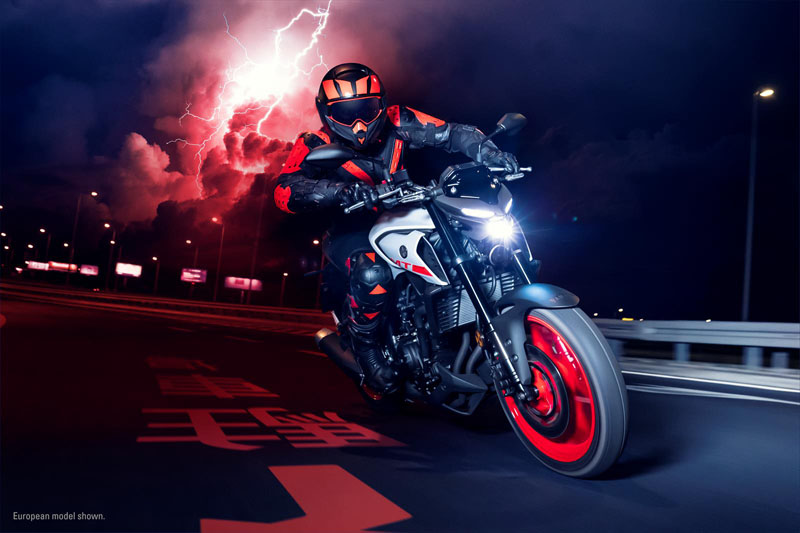 2020 Yamaha MT-03 in San Marcos, California - Photo 14