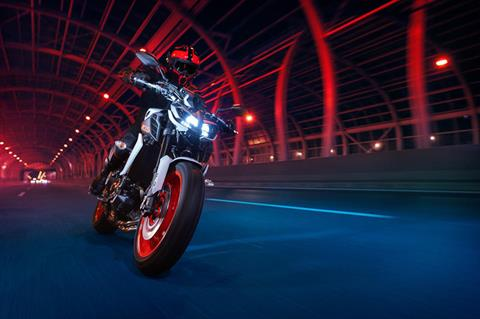 2020 Yamaha MT-09 in Orlando, Florida - Photo 17