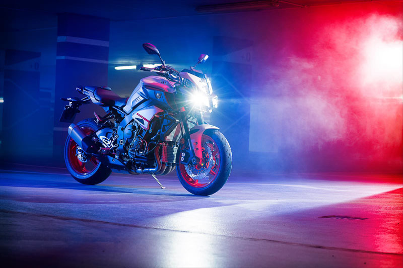 2020 Yamaha MT-10 in Tyrone, Pennsylvania - Photo 4