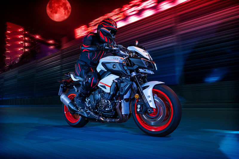 2020 Yamaha MT-10 in Zephyrhills, Florida - Photo 14