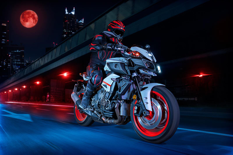 2020 Yamaha MT-10 in Goleta, California - Photo 17