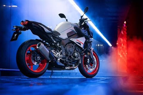2020 Yamaha MT-10 in Long Island City, New York - Photo 5