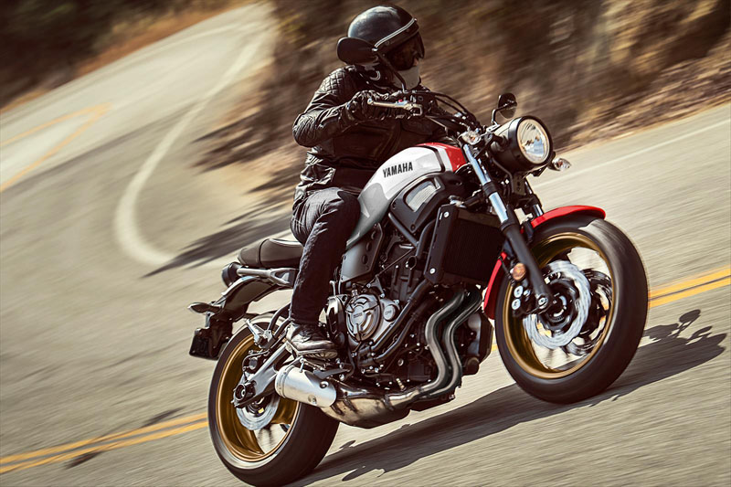 2020 Yamaha XSR700 in San Marcos, California - Photo 15