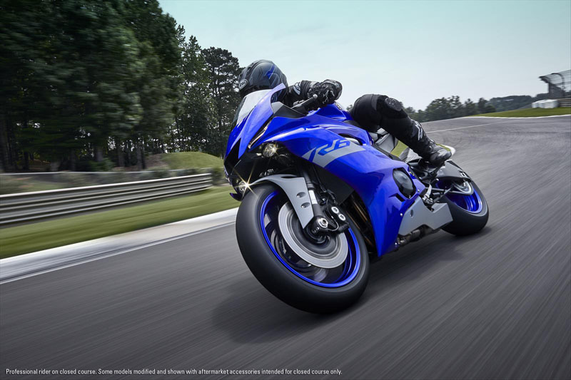 2020 Yamaha YZF-R6 in Tamworth, New Hampshire - Photo 4