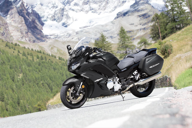 2020 Yamaha FJR1300ES in Danbury, Connecticut - Photo 10