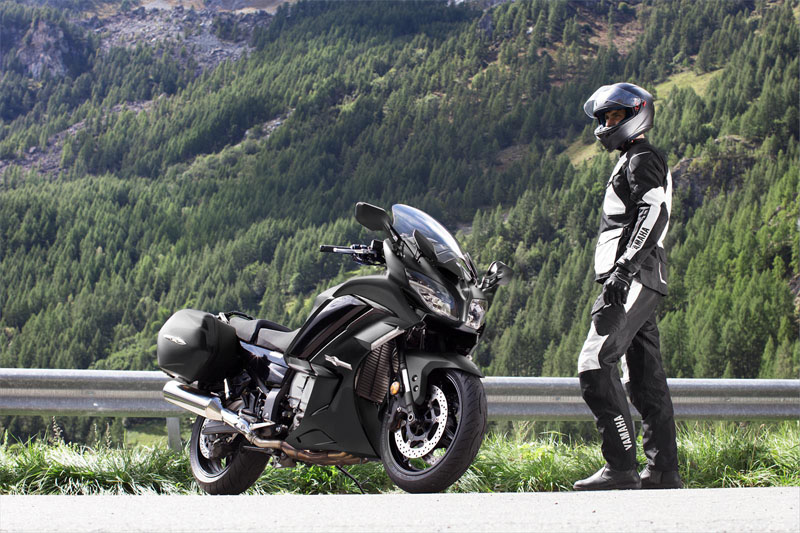 2020 Yamaha FJR1300ES in Long Island City, New York - Photo 11