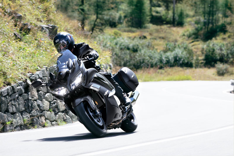 2020 Yamaha FJR1300ES in Danbury, Connecticut - Photo 13