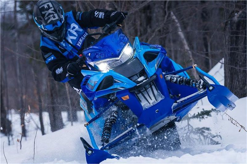 2020 Yamaha Sidewinder B-TX LE 153 in Hancock, Michigan