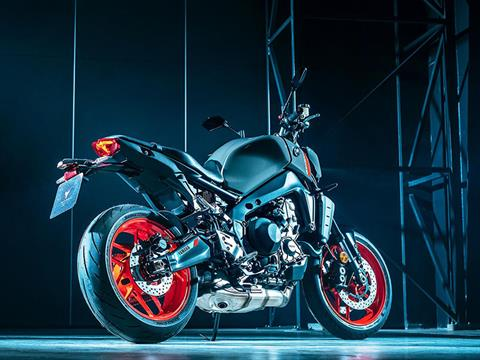 2021 Yamaha MT-09 in Berkeley, California - Photo 8