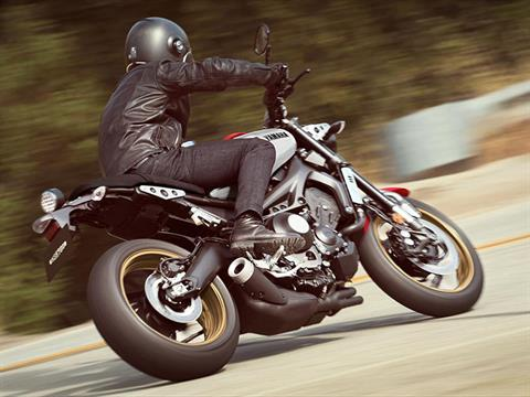 2021 Yamaha XSR900 in Metuchen, New Jersey - Photo 12