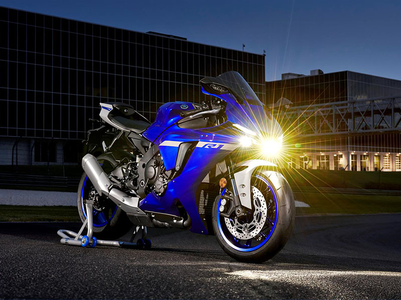 2021 Yamaha YZF-R1 in Derry, New Hampshire - Photo 4