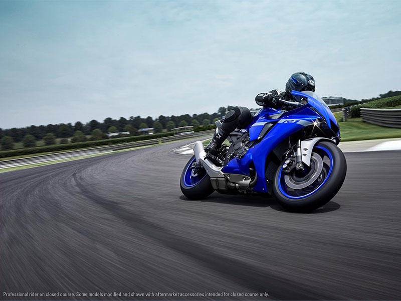 2021 Yamaha YZF-R1 in Zephyrhills, Florida - Photo 11