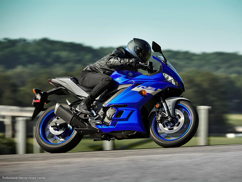2021 Yamaha YZF-R3 ABS in San Marcos, California - Photo 7