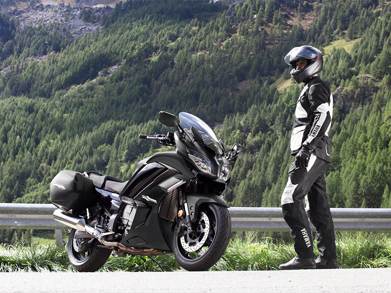 2021 Yamaha FJR1300ES in San Marcos, California - Photo 9