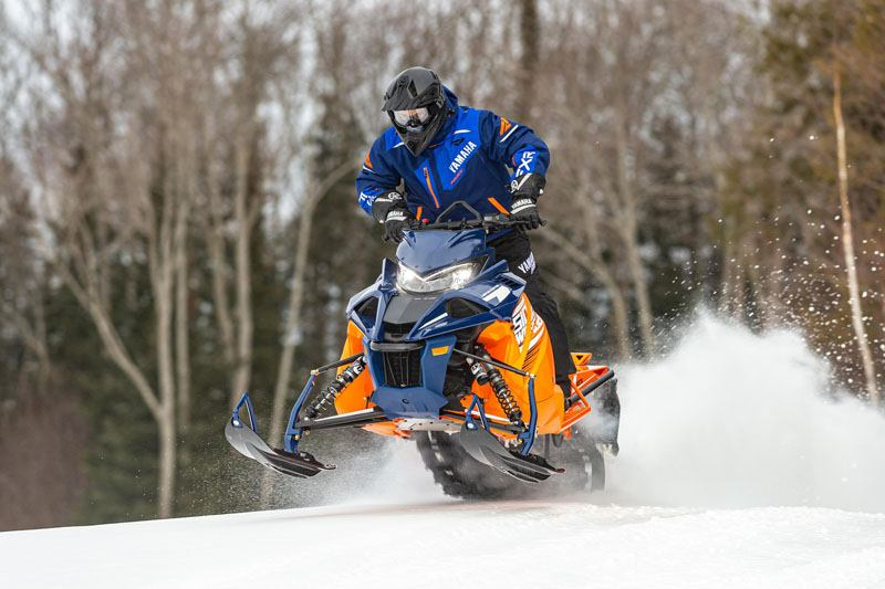 2021 Yamaha Sidewinder B-TX LE 153 in Johnson Creek, Wisconsin - Photo 8