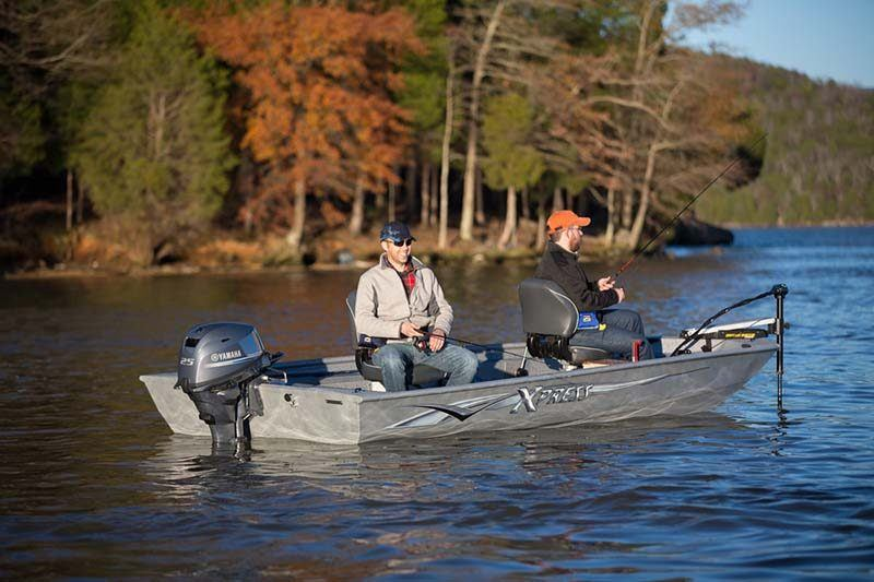 2018 Yamaha F25 Portable Tiller ES in Oceanside, New York