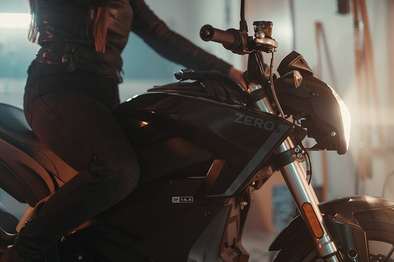 2019 Zero Motorcycles S ZF7.2 + Charge Tank in Greenville, South Carolina - Photo 8